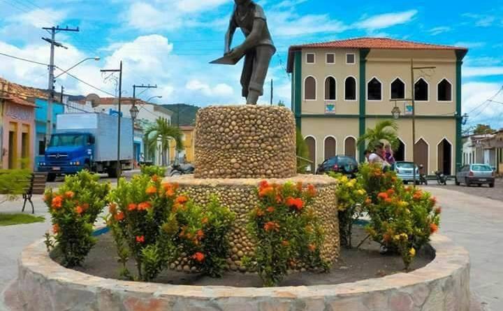 Prefeitura de Andaraí na Chapada Diamantina abre 120 vagas de empregos imediatos