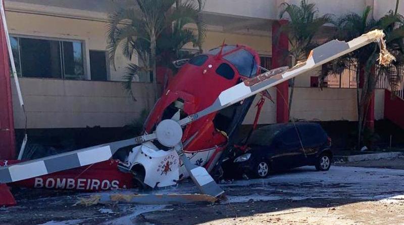 Helicóptero do Corpo de Bombeiros cai no Distrito Federal