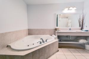 Jacuzzi Room (2 Only)