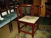 Georgian Style Corner Chair | 15868 | Sellingantiques.co.uk