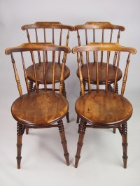 Set 4 Antique Pine Kitchen Chairs