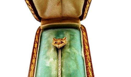 Handsome Antique 15 Carat Gold Garnet Tie Pin With