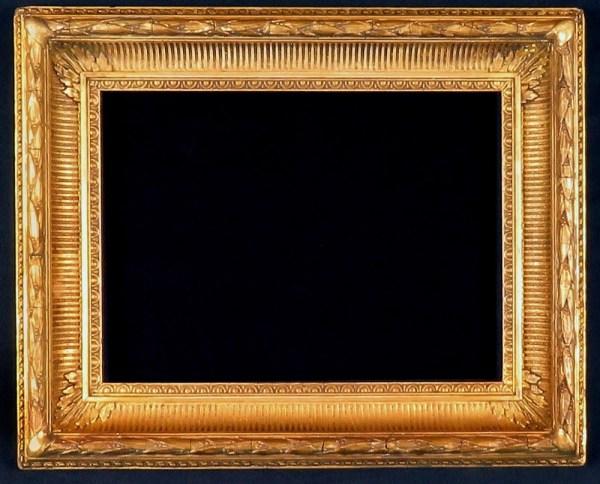 Good Victorian Gilt Frame. Size 10