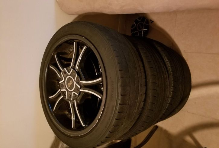 4 tires with Rims - Image 2