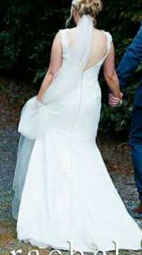 Ivory Italian lace wedding dress - Sell My Wedding Dress ...