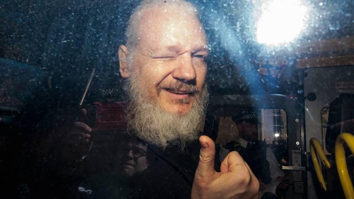El futuro de Julian Assange: entre la extradición y el Nobel de Paz