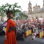 Gigantesca movilización: Mujeres eligen la paz