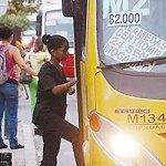Jóvenes monterianos por un tarifa diferencial de transporte