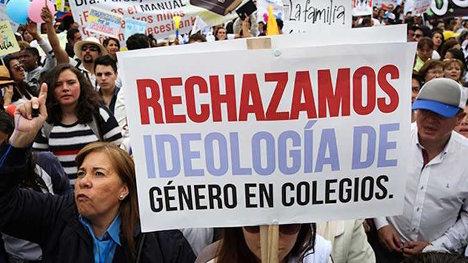 """Protesta contra la llamada """"ideología de género""""."""