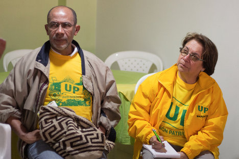 Román Vega, Secretario del PC en Bogotá y Aída Avella, presidenta de la UP.