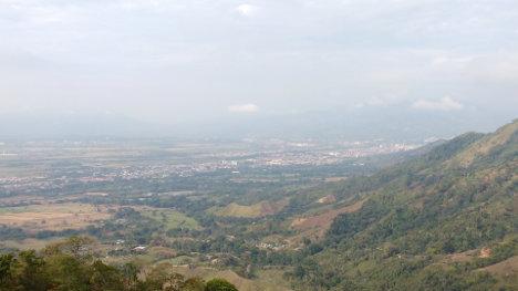 Un paisaje de Ibagué, Ciudad Musical, en el valle del río Combeima.