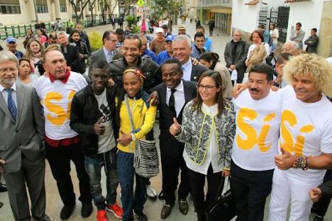 """Miguel """"Happy"""" Lora y el """"Pibe"""" Valderrama se pronunciaron por el SÍ en el plebiscito, como lo han hecho numerosos deportistas, artistas, intelectuales y académicos en todo el país."""
