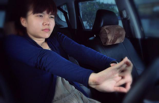 rilekskan tubuh saat sewa mobil semarang