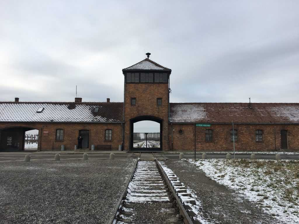 Oprah and Elie Wiesel at Auschwitz Worksheet Answers Also Auschwitzbirkenau State Museum Eurom