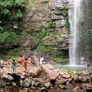 semestafakta-Dindefelo Falls2