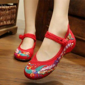 semestafakta-chinese-style-embroidered-shoes