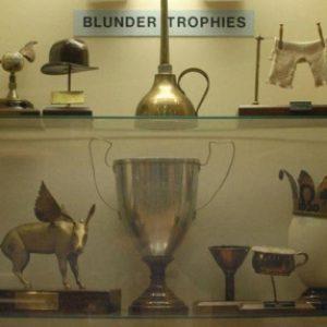 semestafakta-Blunder Trophies