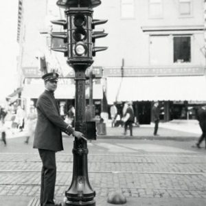 semestafakta-the first traffic light