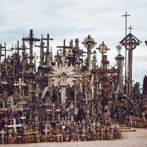 semestafakta-Hill of Crosses
