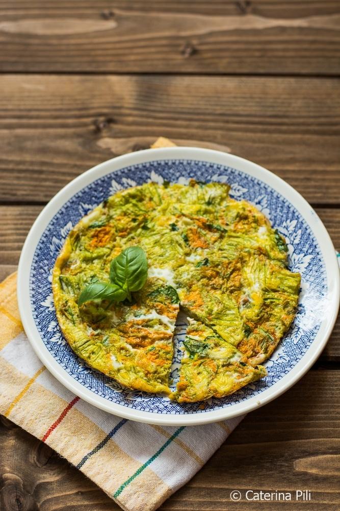 Frittata light cotta in forno con fiori di zucchine e cipolla di Tropea