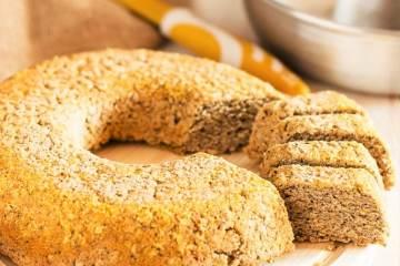 Pane senza glutine con farine integrali di riso, grano saraceno e mais