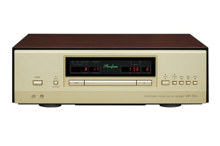 Accuphase DP 750 Precision MDSD SA CD Player 01