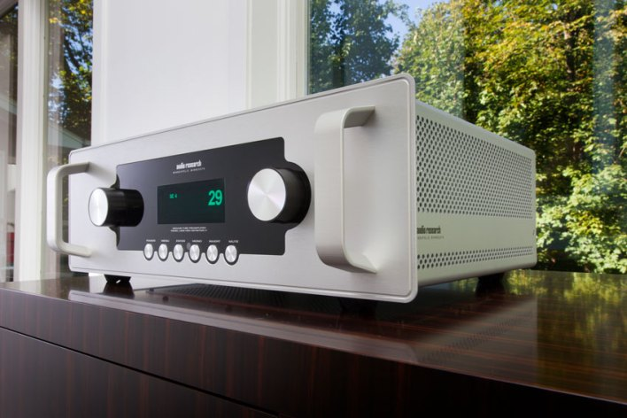 Audio Research LS28SE Vacuum Tube Preamplifier - Zum 50. Geburtstag…
