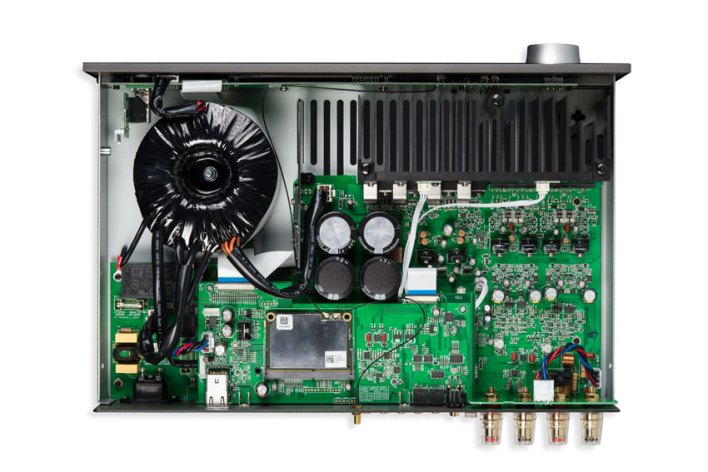 Arcam SA30 Class G Intelligent Integrated Amplifier 07
