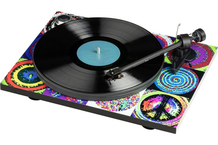 Pro-Ject Ringo Starr Peace & Love Turntable