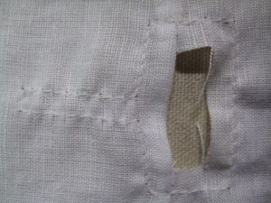 neckline stay stitched