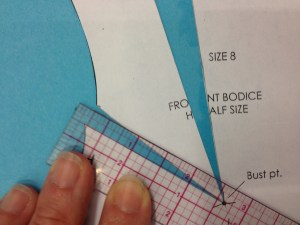 """Attach the upper side piece so it is separated from the lower side piece by 1/4"""" inside the armscy."""