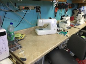 Cleaner sewing desk