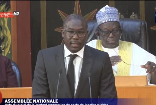 Assemblée nationale : Abdou Aziz Diop démissionne du groupe parlementaire « Liberté et Démocratie » pour rejoindre les Non-inscrits.