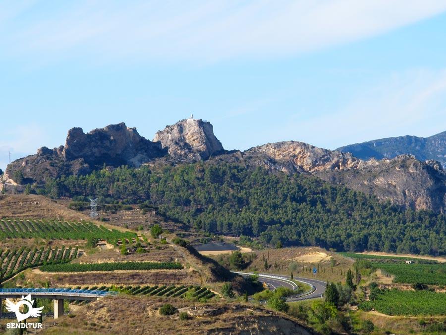 En plenos Montes Obarenes se sitúa la ermita