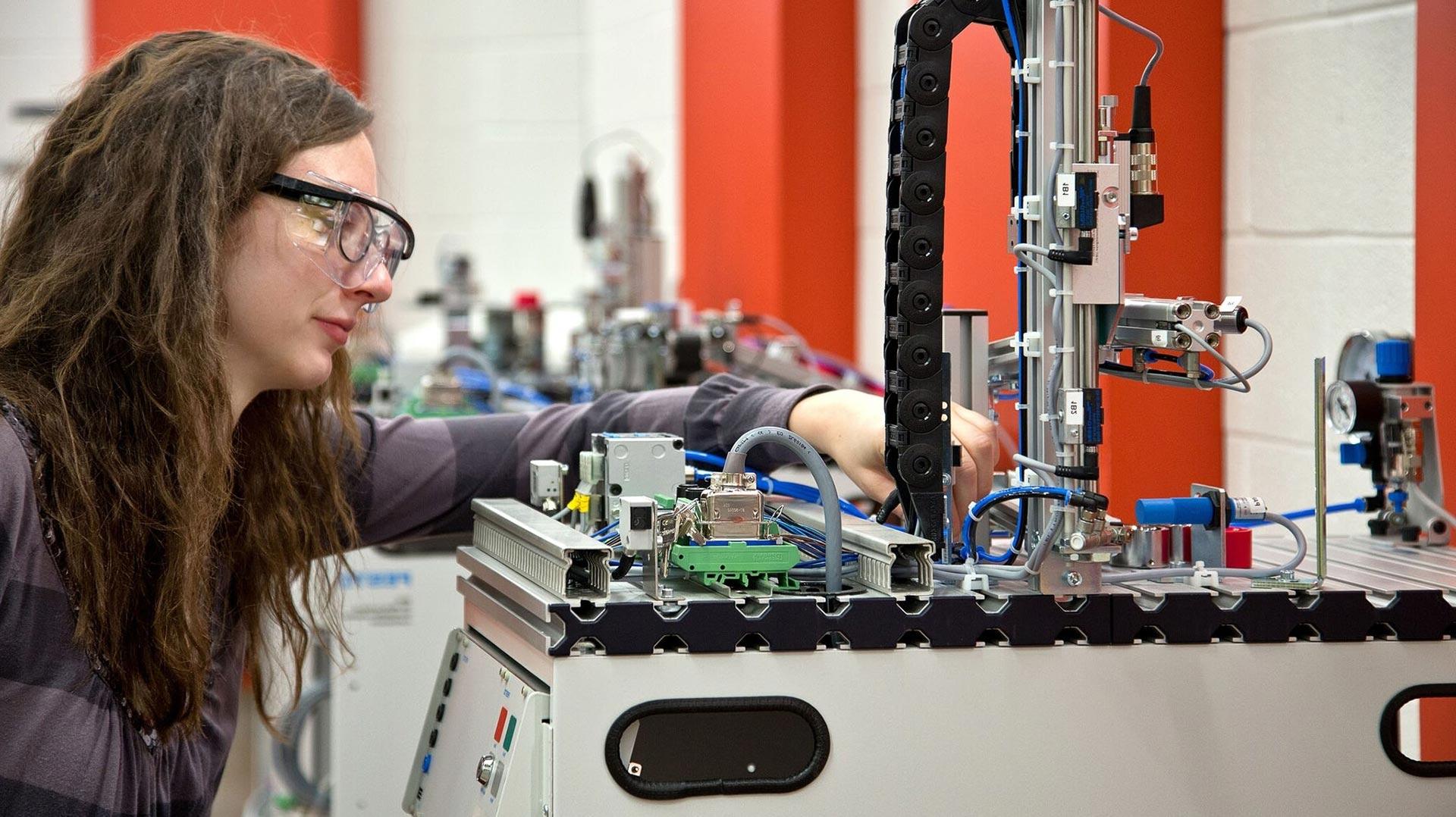 electromechanical engineering technology automation