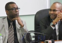 Youssou Ndour offre à Mamodou Ibra Kane et Alassane Samba Diop un pot de départ