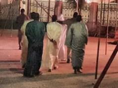 Tivaouane: Prière de Fadjr, Marieme Faye Sall apercue à la Zawiya Serigne Babacar Sy. II a fallu qu'elle sorte de l'aile de la mosquée réser