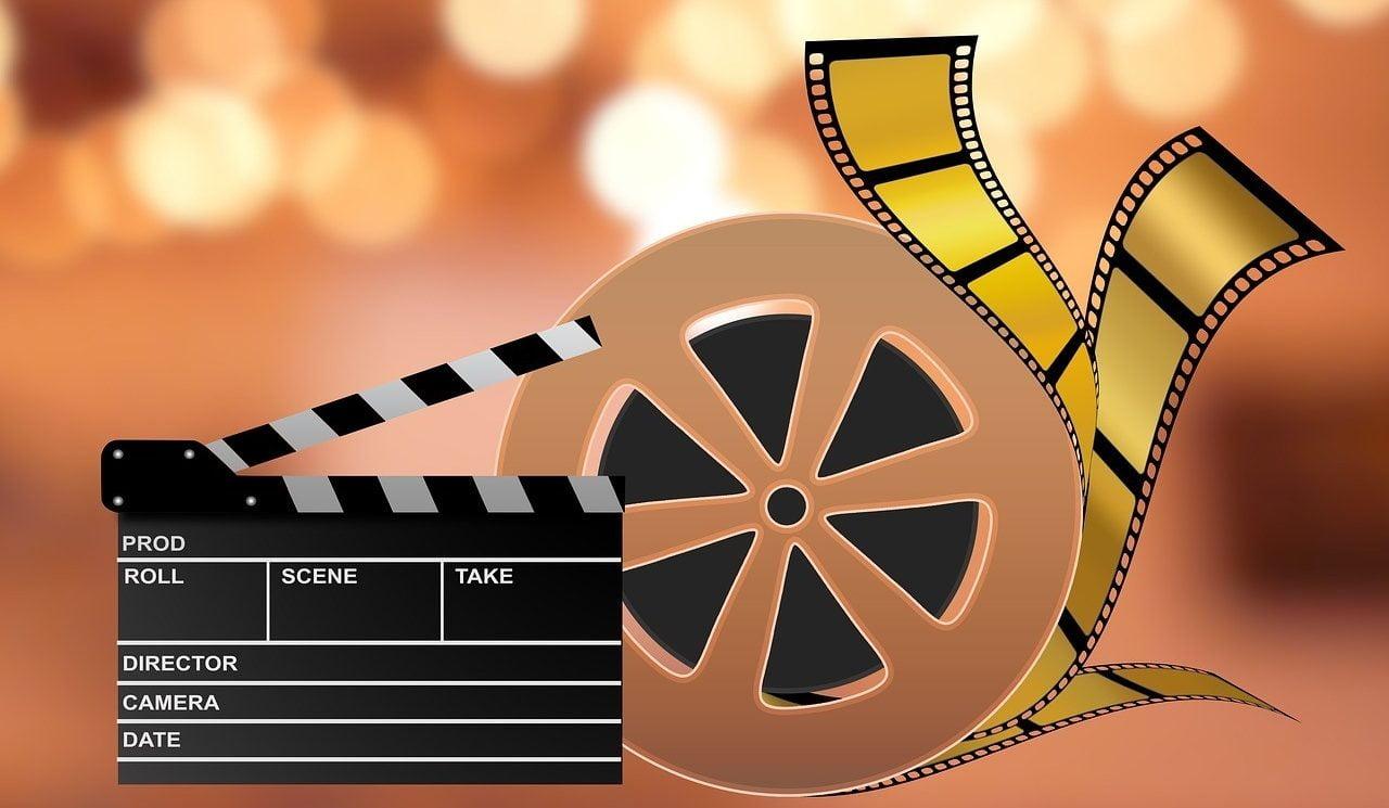 eläkeläisalennus elokuvat