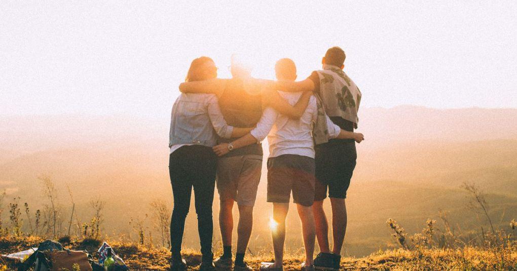 Kako se med nami spletajo nevidne energijske vezi