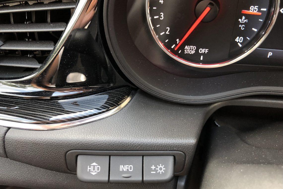 IMG 1398 1140x760 - Opel Insignia Sport Tourer 1.5 Turbo 165 CV