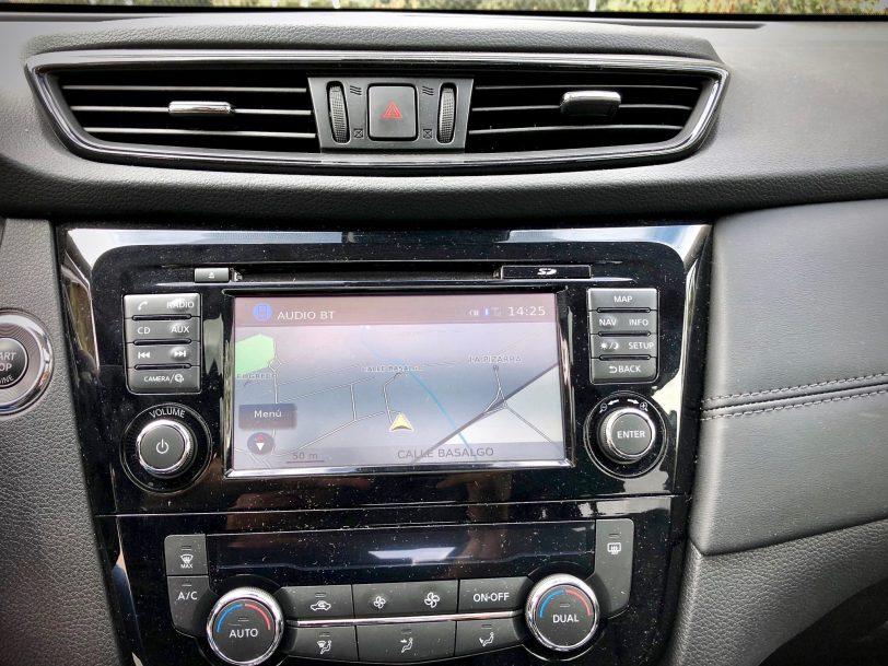 Botones 1 - Nissan X-Trail 2018 2.0 dCi 177 CV 7 Plazas