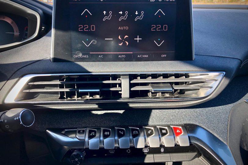 Climitazidador botones 1 1140x760 - Peugeot 5008 GT Line 1.5 BlueHDI 130 CV