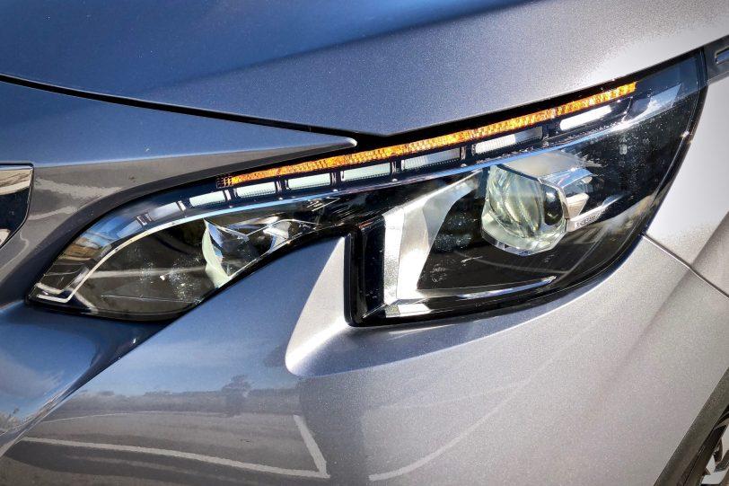 Faros Full Led Peugeot 1140x760 - Peugeot 5008 GT Line 1.5 BlueHDI 130 CV