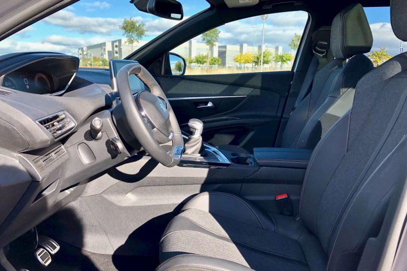 Plazas delanteras 2 1140x760 - Peugeot 5008 GT Line 1.5 BlueHDI 130 CV