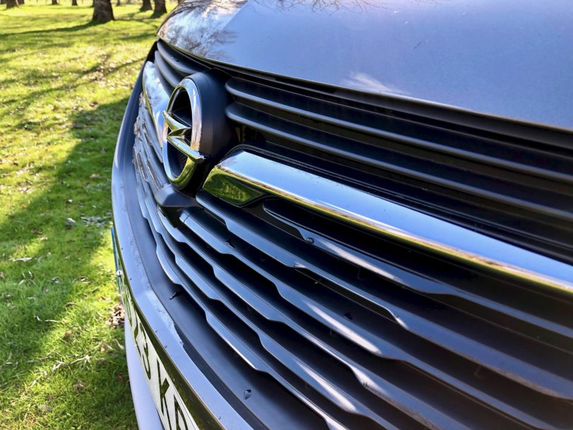 Ca%CC%81mara delantera - Opel Grandland X Ultimate 1.5 CDTi 130 CV