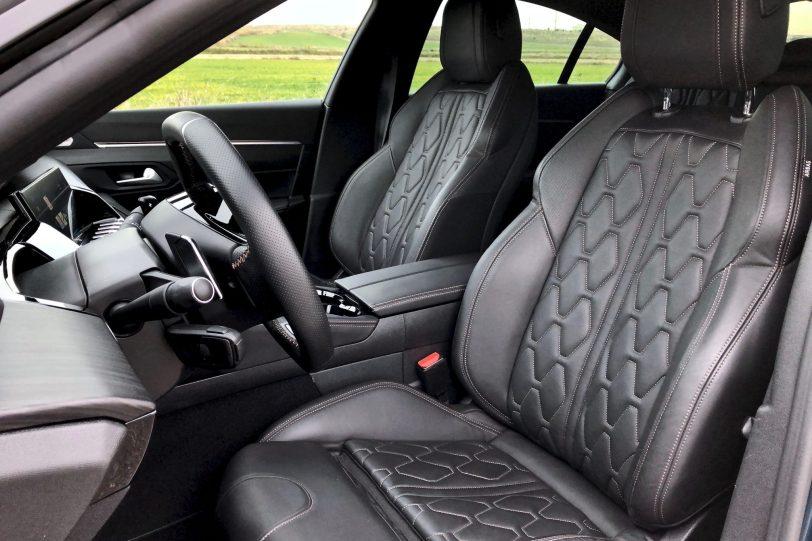 Asientos delantero Peugeot 508 GT 1140x760 - Peugeot 508 GT: Viene para quedarse