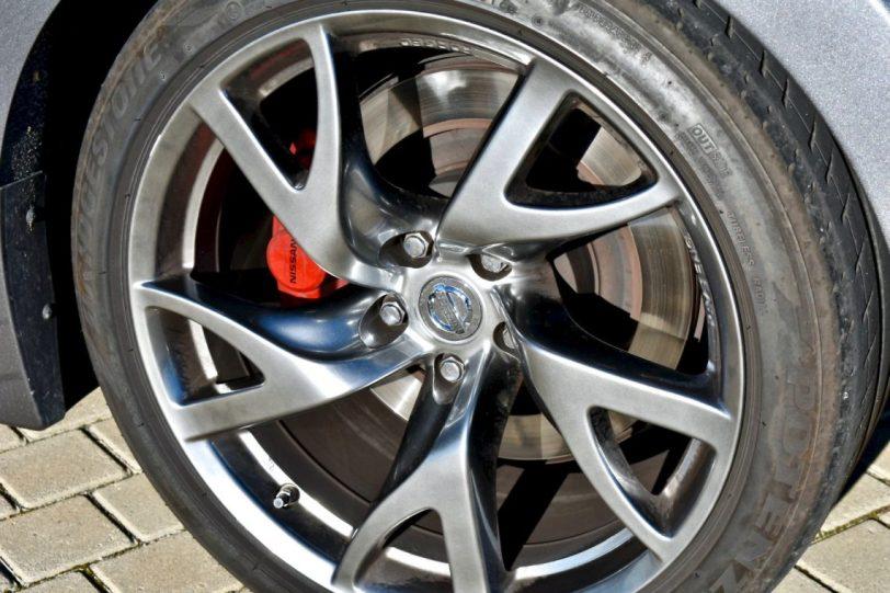 Neuma%CC%81tico 370z 1140x760 - Nissan 370z GT roadster con 328 CV y cambio manual