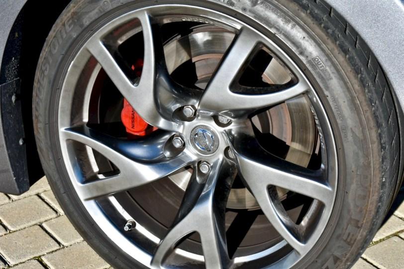 Neuma%CC%81tico 370z - Nissan 370z GT roadster con 328 CV y cambio manual