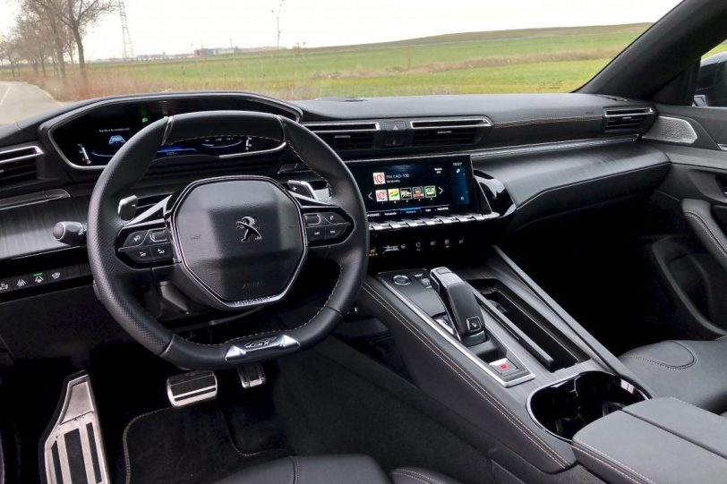 Puesto de conduccio%CC%81n Peugeot 508 GT 1140x760 - Peugeot 508 GT: Viene para quedarse