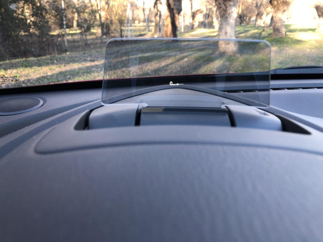 Head Up Display Mazda2 1 1260x945 - Mazda2 Zenith 1.5 Skyactiv-G 90 CV